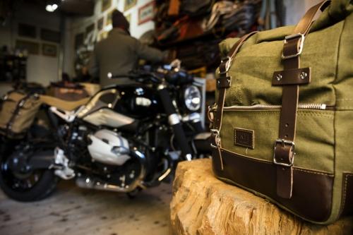 Paar Seitentaschen