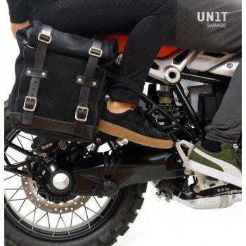 Seitentasche aus Spaltleder + Doppelrahmen NineT