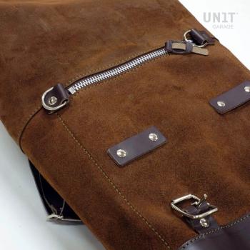 Seitentasche aus Spaltleder + linker Rahmen