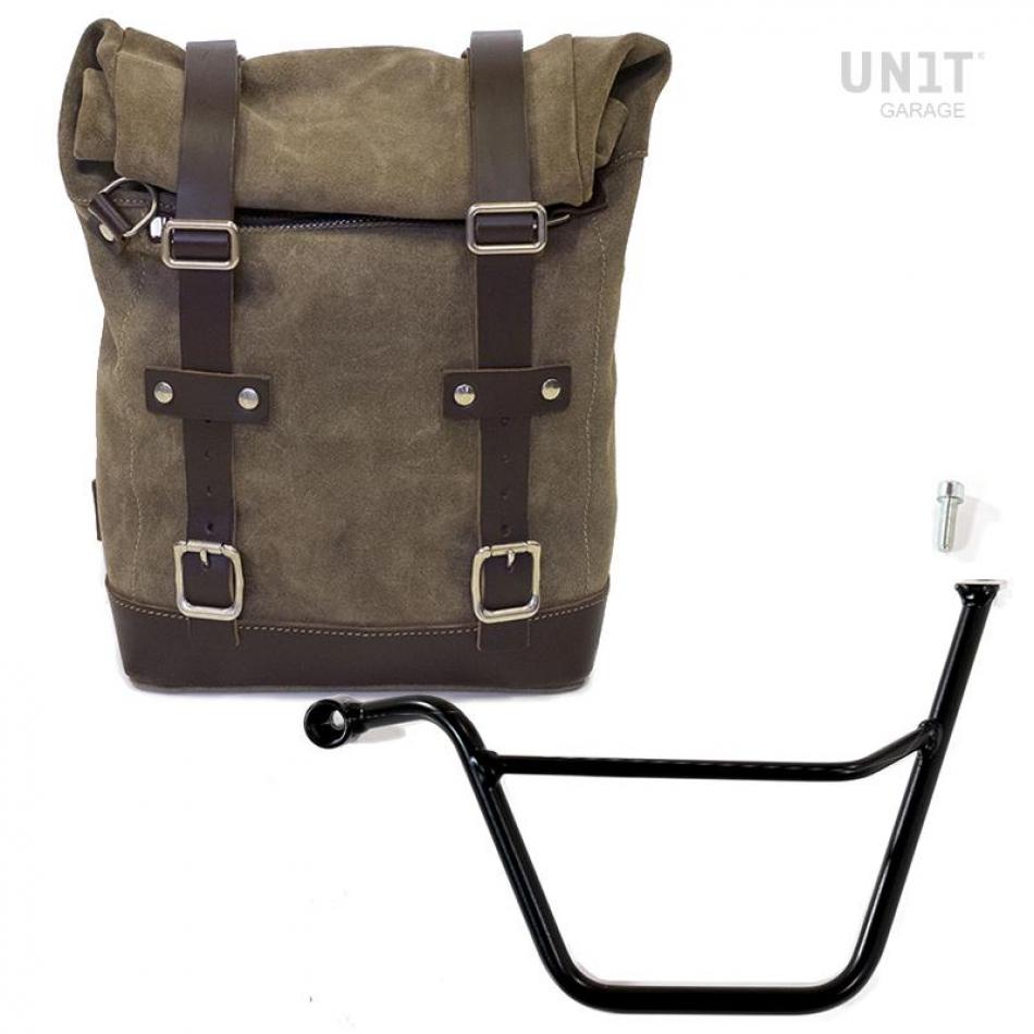 Seitentasche aus Spaltleder + Triumph Scrambler Rahmen