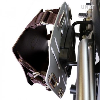 Aluminium-Taschenhalter mit verstellbarer Lederfront und Schnellkupplung